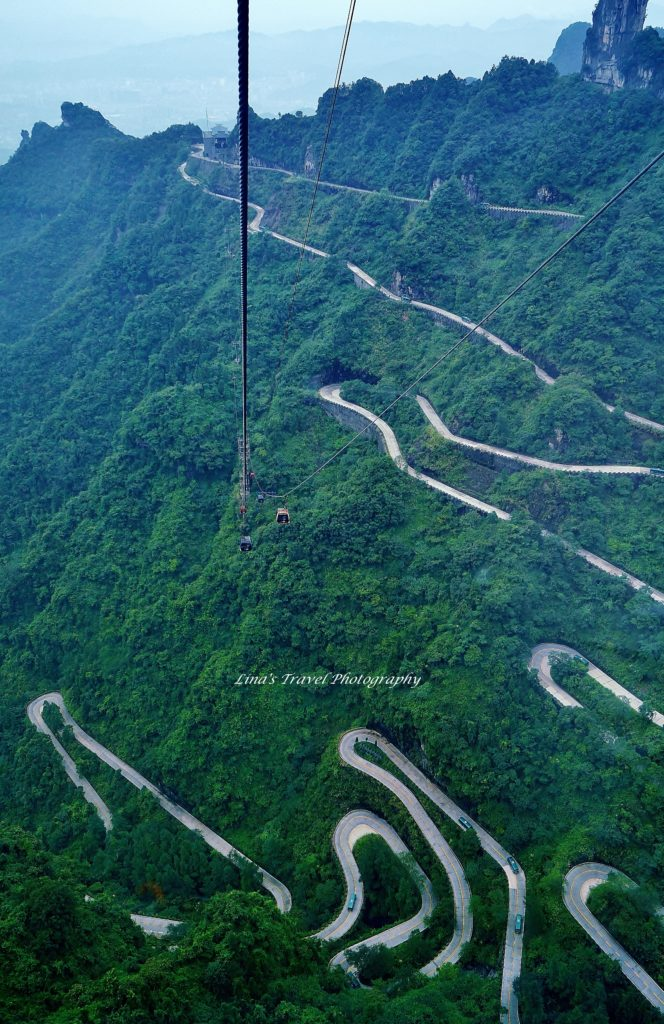 Cable car up och down over 99 bends, Tianmen Mountain, Zhangjiajie Hunan China