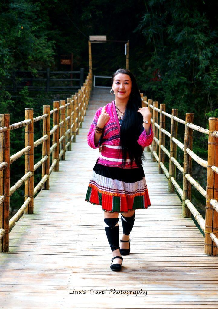 Yao ethnic women, Huangluo Long Hair Village, Guangxi, China